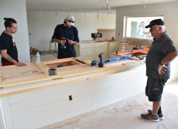 Custom cabinetry Sun Bay Builders