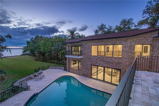 Expensive home in west St. Pete FL